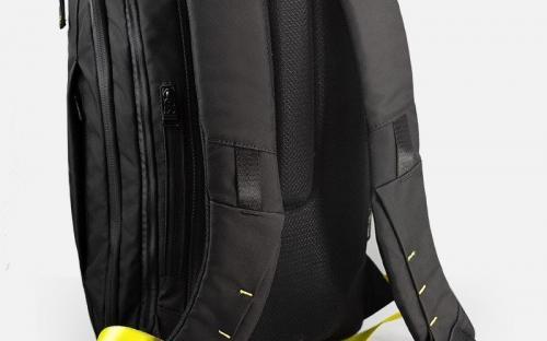 Рюкзак Cyberpunk 2077 сравнивают со скандальным рюкзаком из Fallout 76